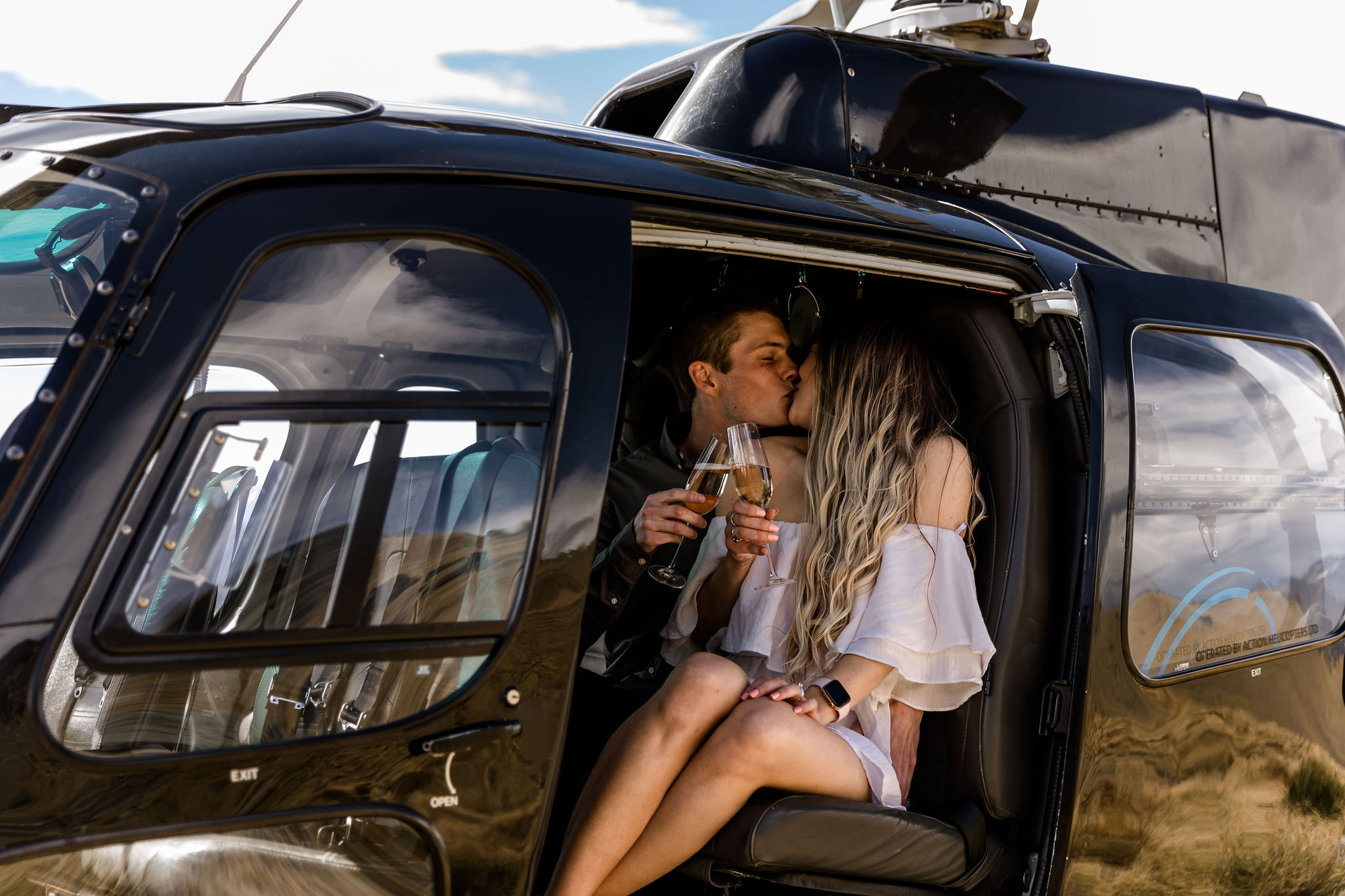 Travelling in Style - Wildly Romantic Weddings & Elopements
